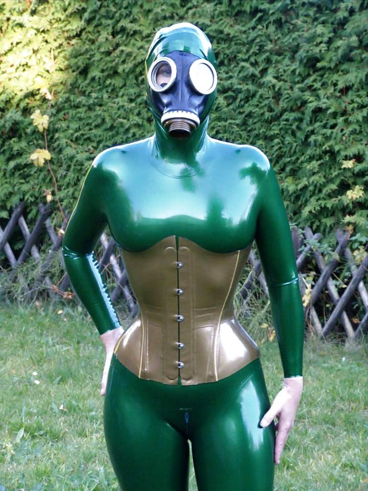 Gallery rubber latex