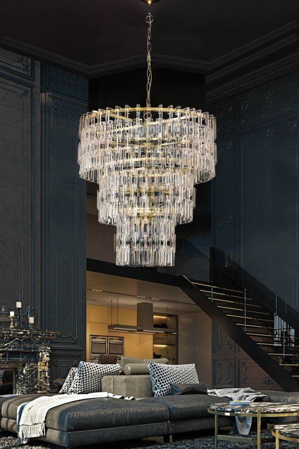 Elegant And Imposing Lamp Marked By The Light Shades Of The Crystal And The Golden Structure Timeless And Discrete This Piece Made It Adaptable T Ceiling Lamp