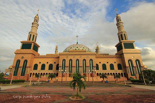 Masjid Islamic Center Samarinda, The Istanbul van Borneo - tempat liburan