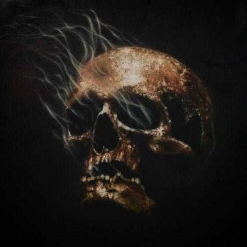 Моя вторая работа в школе аэрографии @diffusionartstudio под руководством @contisay! #inzigen #inzigen2016 #инзижен #череп #diffusionart #dfschool #airbrush #myart #instaart #artwork #ярисую #творчество #create #creator #artist #аэрограф #аэрография #topcreator #skull #художник #магия #дым #черный