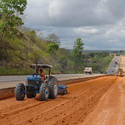 Governo federal assina retomada de obras da BR-101 em Sergipe e do Aeroporto de Aracaju