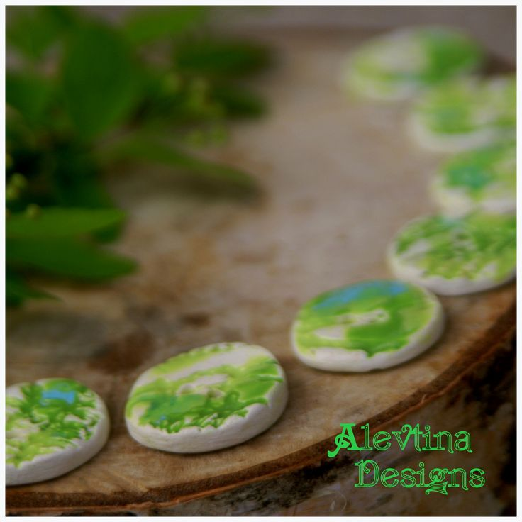 #my_ceramics #ceramic_button #lace_texture #green