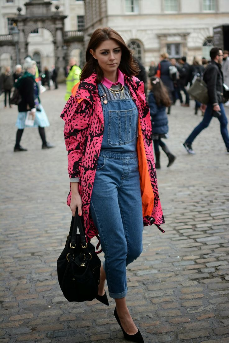 Fashion blogger shows us how to make denim dungarees look chic. #LondonFashionWeek #LFW #EJSTYLE
