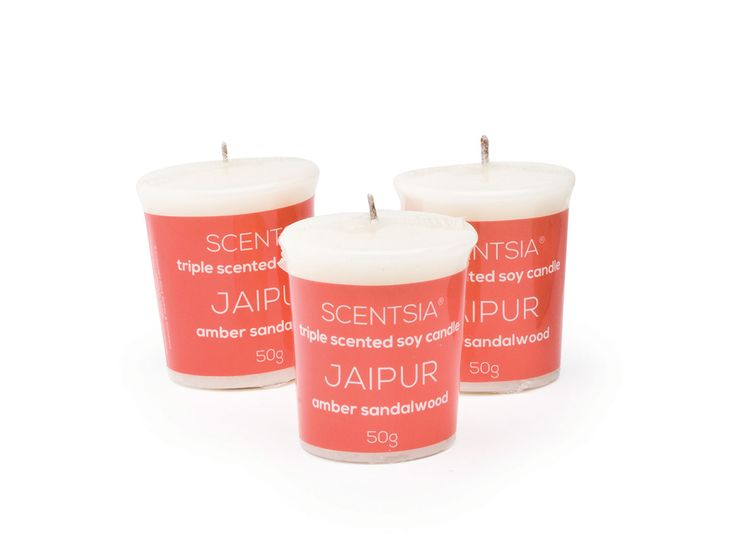 JAIPUR (Amber Sandalwood) - Triple scented soy votive candle by Scentsia // Cross the seven seas to the mysterious India with this amber and sandalwood fusion, spiced with pepper, cardamom, cinnamon, patchouli and musk