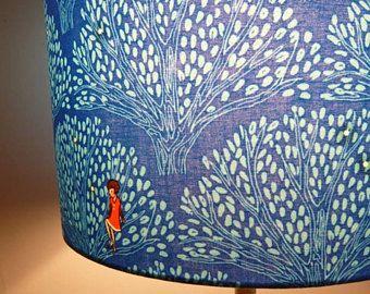 Abat-jour cylindrique tissu bleu arbres enfant chambre bébé pied de lampe lampadaire 30 cm requin citron