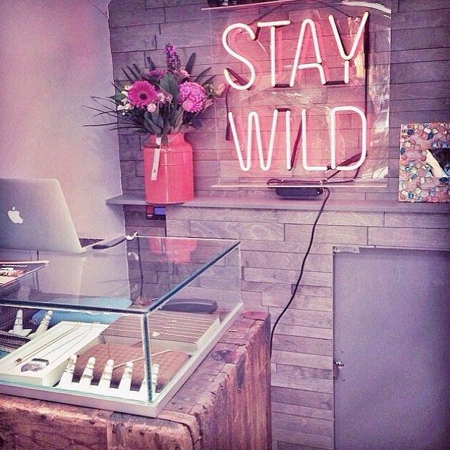 17 Best Ideas About Neon Bedroom On Pinterest: 1000+ Ideas About Neon Bedroom On Pinterest