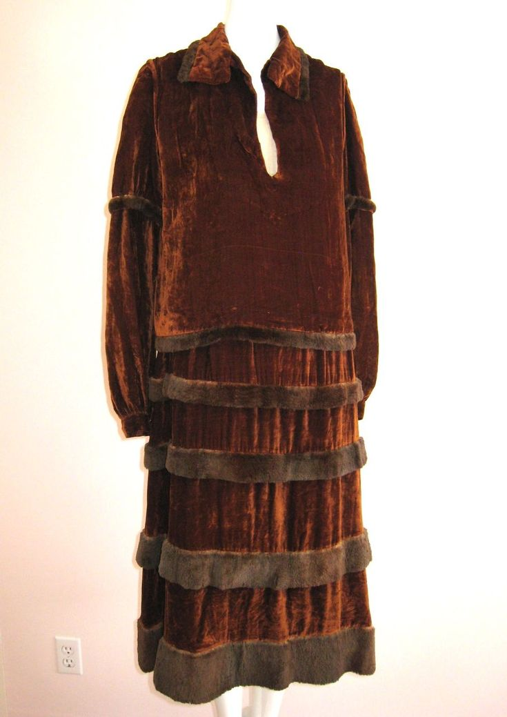 Art Deco 1920s Silk Velvet & Ermine Ruffled Dress & Over Blouse