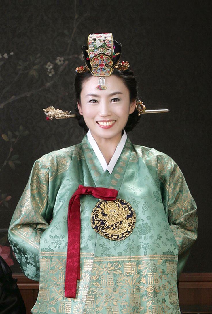 Hur Kyung-Ae