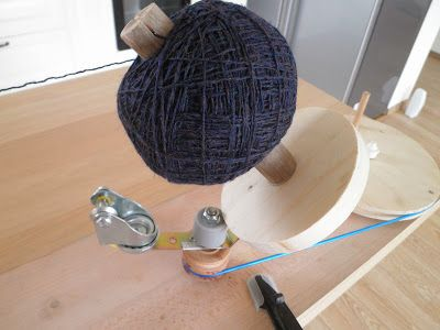 DIY Yarn ball winder. Hmm.