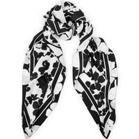 MCQ ALEXANDER MCQUEEN Monochrome Floral Scarf - BlackSize & FitLarge square scarfDimensions:140 cm x 140 cm DetailsMonochrome Floral ScarfbyMcQAlexander McQueen Black Large, square sizeFeatures an all-over graphic monochrome floral print with contrasting border - let it add interest to simple outfitsMadefrom pure, lightweightsilk Material100% silkProfessional dry clean only