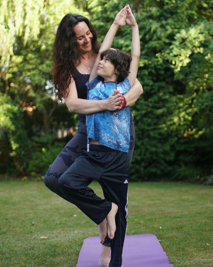 💖✨FAMILY YOGA WORKSHOP✨💖 What a brilliant way to start the school year. In our Enchanted Wonders Family Yoga workshops we are aiming to create space for families to explore how the yoga can elevate self expression, creativity and imagination, as well as creating magical moments where families can connect through breath work, movement, trust and laughter.  ~