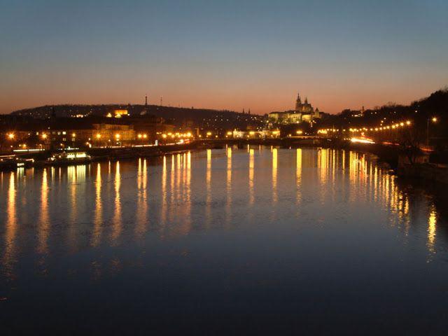 « #Vltava #Prague ».: « #Vltava #Prague ».