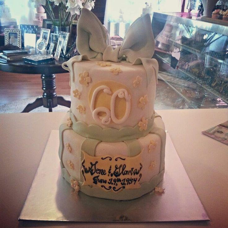 60 th Anniversay cake www.carinaedolce.com www.facebook.com/carinaedolce