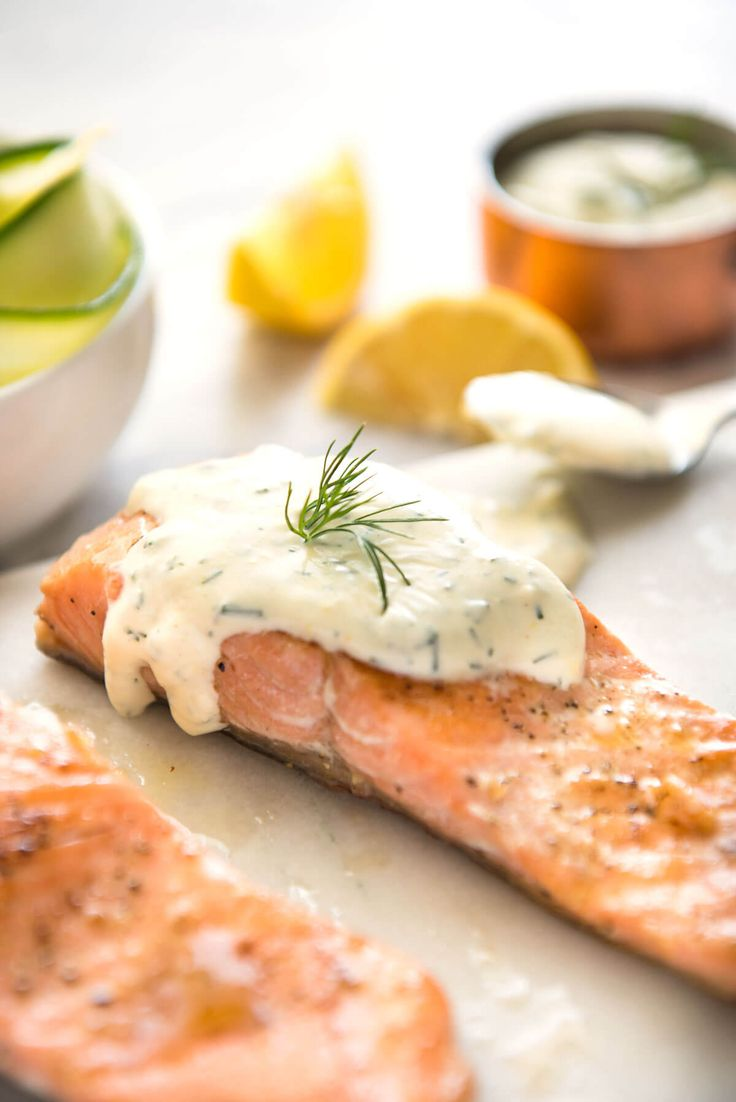 This Creamy Dill Sauce for salmon is simple to make and tastes so delicious! Delicious EASY dinner on the table in 15 minutes - and it's healthy too!