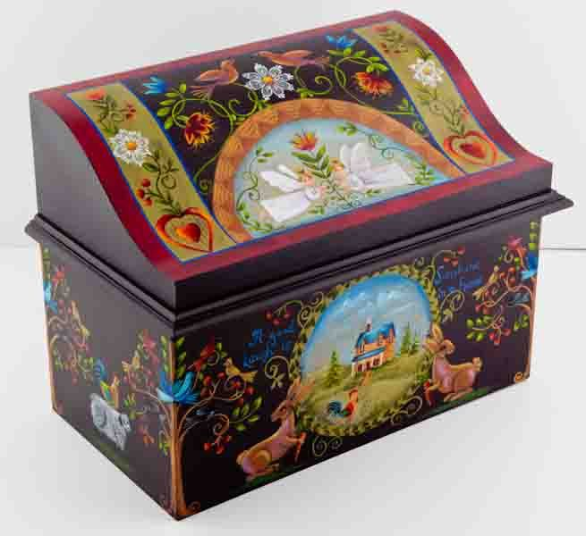 Such a pretty folk style box Tole Painting - Studio 29 Art decorativepainters.org Learn to paint with us! With our step by step pattern based designs, anyone can become a Master Decorative Artist.