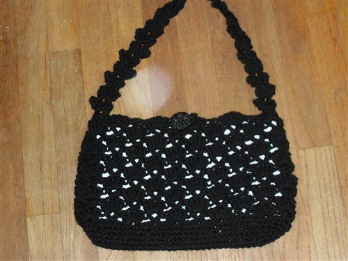318 best crochet pursescell phone holders images on pinterest anitalites snapdragon bag free crochet pattern by cynthia j luciene dt1010fo