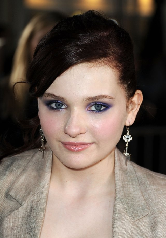 Make-up perfection... young actress Abigail Breslin.
