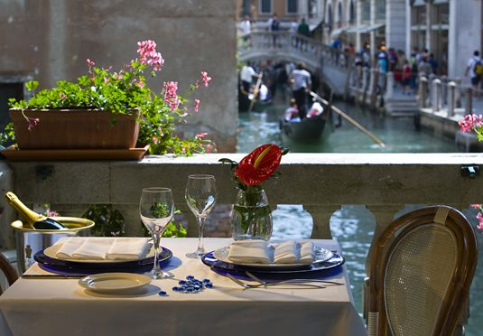 Luxury Venice Simplon-Orient-Express & Venice break | Save up to 70% on luxury travel | Secret Escapes