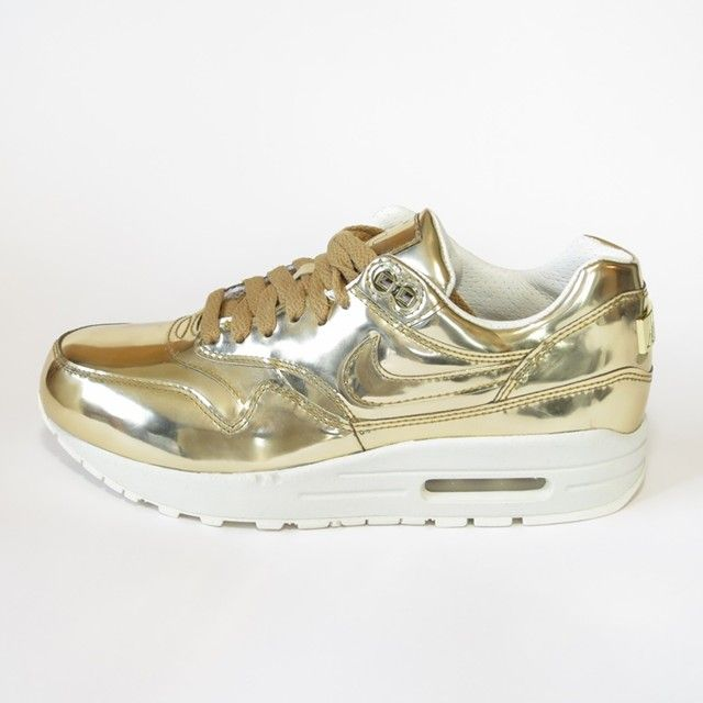 lowest price b7654 68625 Nike Air Max 1 in liquid gold ...