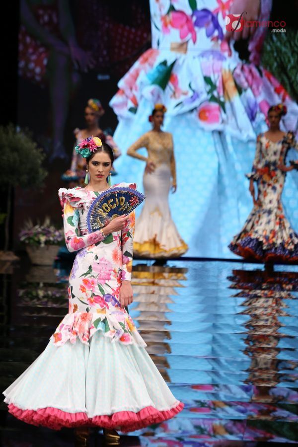 "Arte y compás  ""Flores a la vida"" – Simof 2017 | Moda Flamenca - Flamenco.moda"