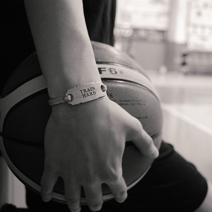It never gets easier, you just get better! #trainhard #message #bangle #silver #takecareofyou #jewels #giftidea #positivevibes #sportlife #sport #healty #basketball