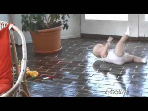 les pubs de bébé chez Évian // Baby's pubs at Évian - YouTube