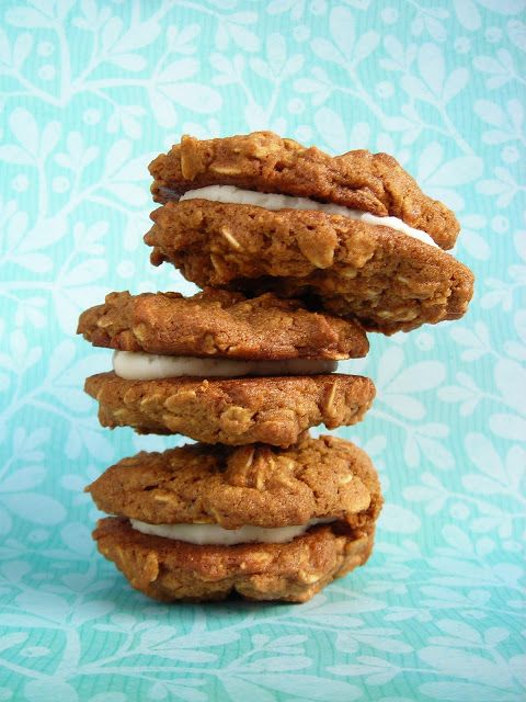 Kate's Short and Sweets: Vegan Whole Wheat Oatmeal Molasses Whoopie ...
