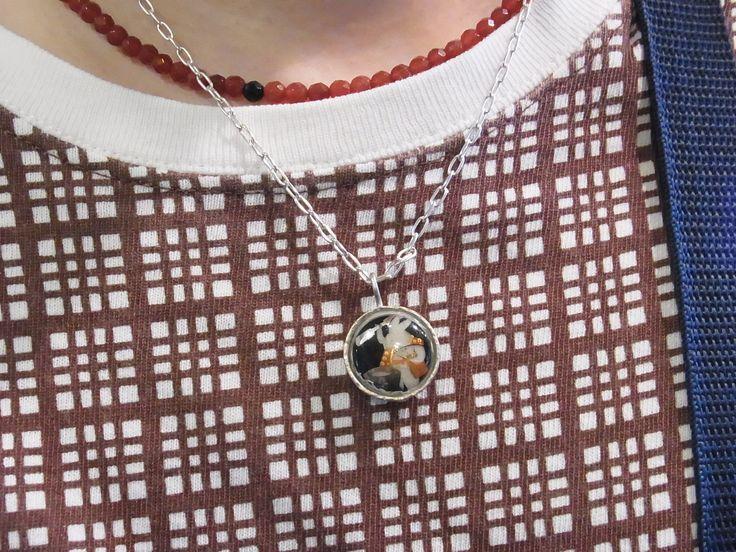 餅つき兎薩摩ボタン ネックレス