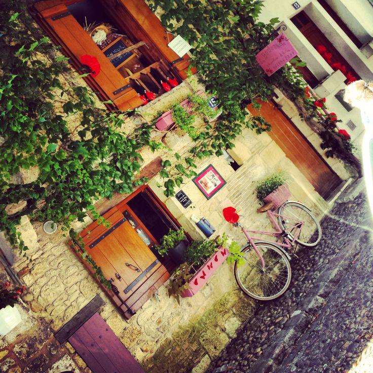 Bergerac- sweet pink