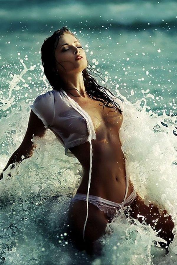 Salutations kissiennes. - Page 20 B9df19b7fde4ae737b964b9090280635--beach-babe-beach-girls