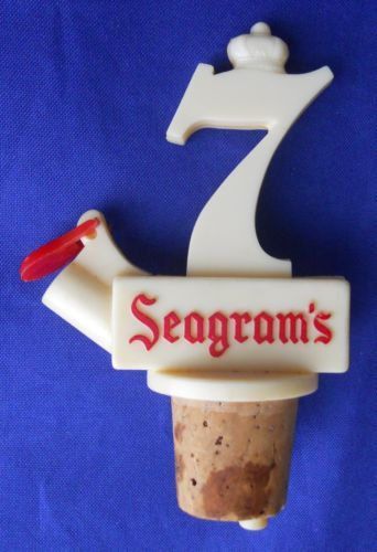 Vintage-Seagrams-7-Crown-Dispenser-Bottle-Cork-Pourer-Barware