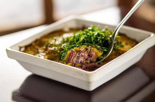 Encontre Receitas de Escondidinho de abóbora, carne seca e crisp de e outras carnes especiais. Conheça a Academia da Carne e faça cursos e aprenda receitas