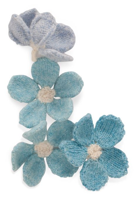 Noni Knitting Patterns : Second 10 Knitted Flowers from the Noni Flowers Book Knitting Pinterest ...