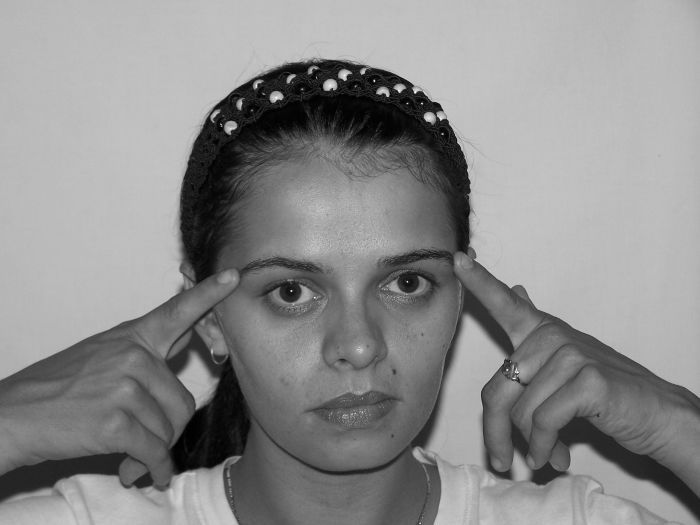 Hints To Remedy Lines: Do Facial Exercises Work Like Magic And How?
