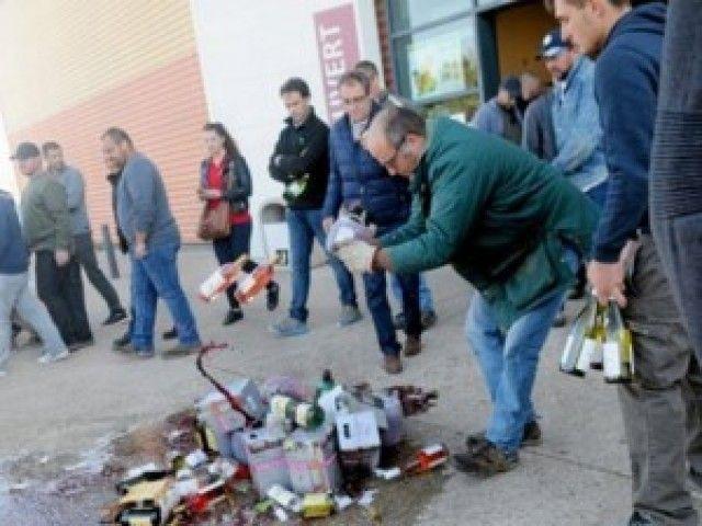 El sector del vino español protesta por el nuevo ataque en Francia y exige sanciones