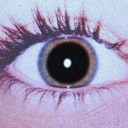 I have this weird defect thing in my eyes where my pupils are ALWAYS this big... I swear I'm not on drugs;)