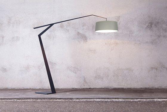 1289 euros Luminaires sur pied | Grus | Lumen Center. Check it out on Architonic