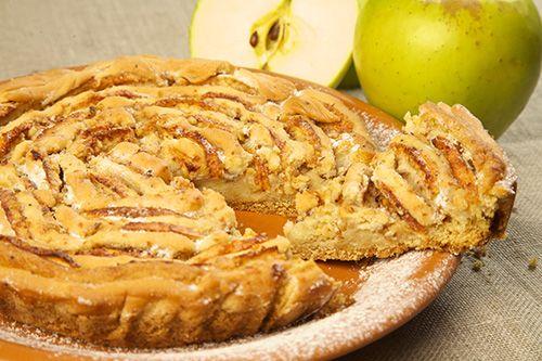 Chec ţărănesc cu mere - Paste făinoase şi produse de patiserie