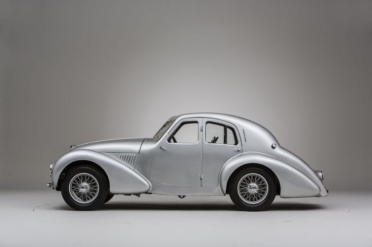 SIDE OF THE 1940 ASTON MARTIN ATOM