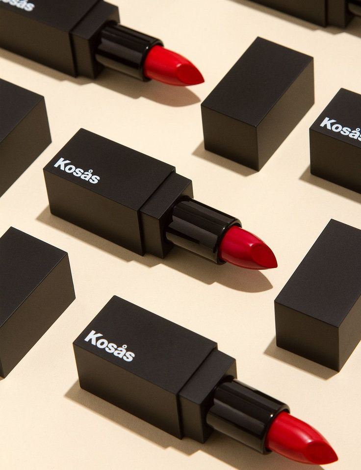 Bold Packaging for Natural Lip Colors that will Get You Noticed