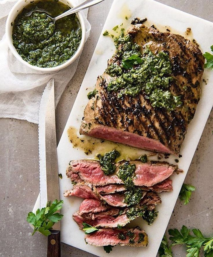 STEAK With Chimichurri Sauce  By @recipe_tin Chimichurri Sauce: 1 cup parsley leaves, tightly packed 1 tbsp oregano leaves, tightly packed (optional, still lovely without) 4 garlic cloves, minced 0 - 2 tsp red pepper flakes (optional - adjust to taste) ¼ cup red wine vinegar ½ tsp salt (3/4 tsp kosher salt / sea salt flakes) Black pepper ½ cup olive oil