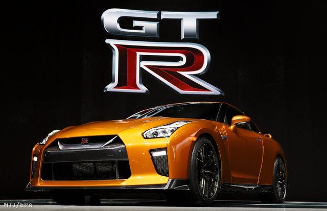 Totalcar - Magazin - Bemutatták a legerősebb Nissant