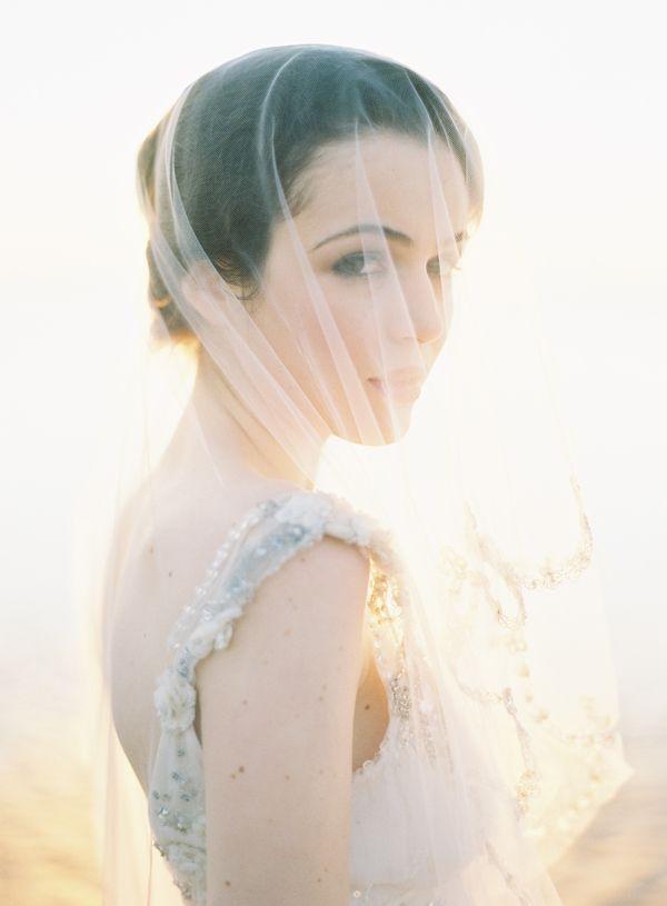 joy thigpen - BLOG -Exquisite: Wedding Veils, Clear Pettibone, Bridal Veils, Wedding Ideas, Daughters Of Poseidon, Wedding Photos, The Bride, Villas, Portraits