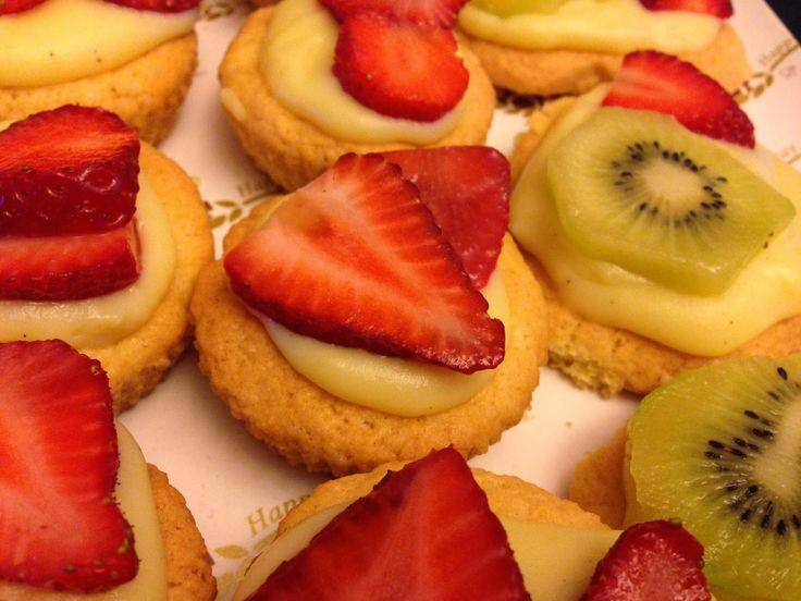 ⇒ Bimby, le nostre Ricette - Con e Senza Bimby, Pasticcini di Crema di Fragole e Kiwi