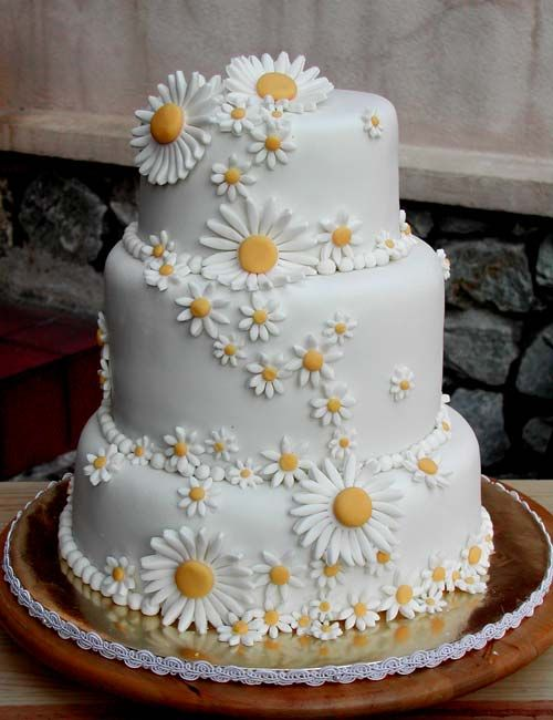 daisy wedding cake 25 best ideas about cakes on flower 13314