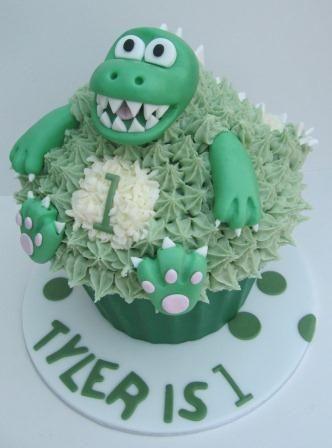 giant cupcakes Dinasour