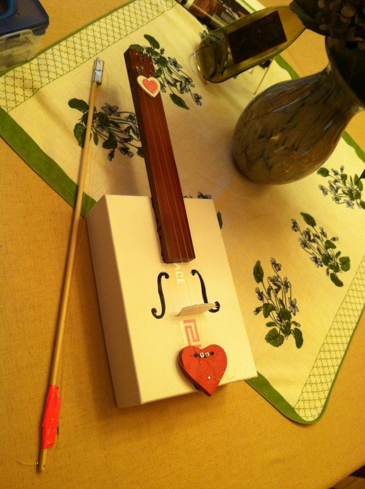 Frankie 39 s homemade violin for physics class just cool for Home crafts to make