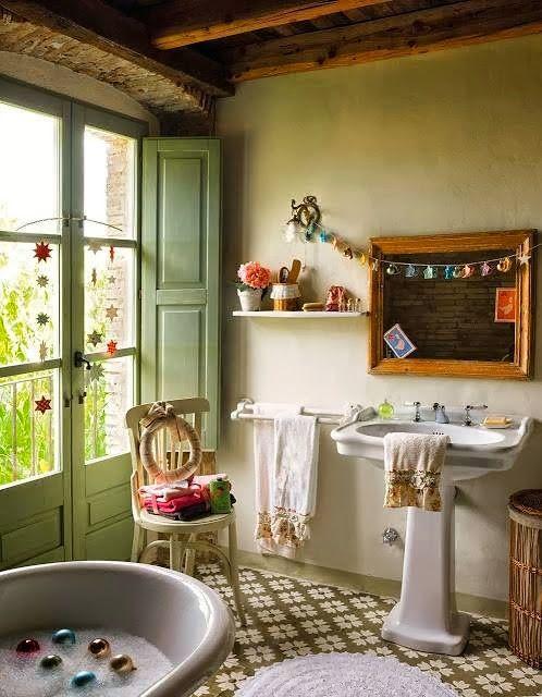 17 best images about beautiful bohemian style bathrooms on - Decoracion de casas de pueblo ...