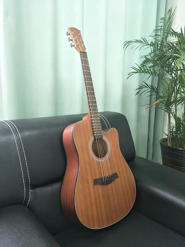 Jason Guitars Provide As One Of The Most Ergonomic Models Ahead Of Its Time Guitar Kids Learn Acoustic Guitar Guitar