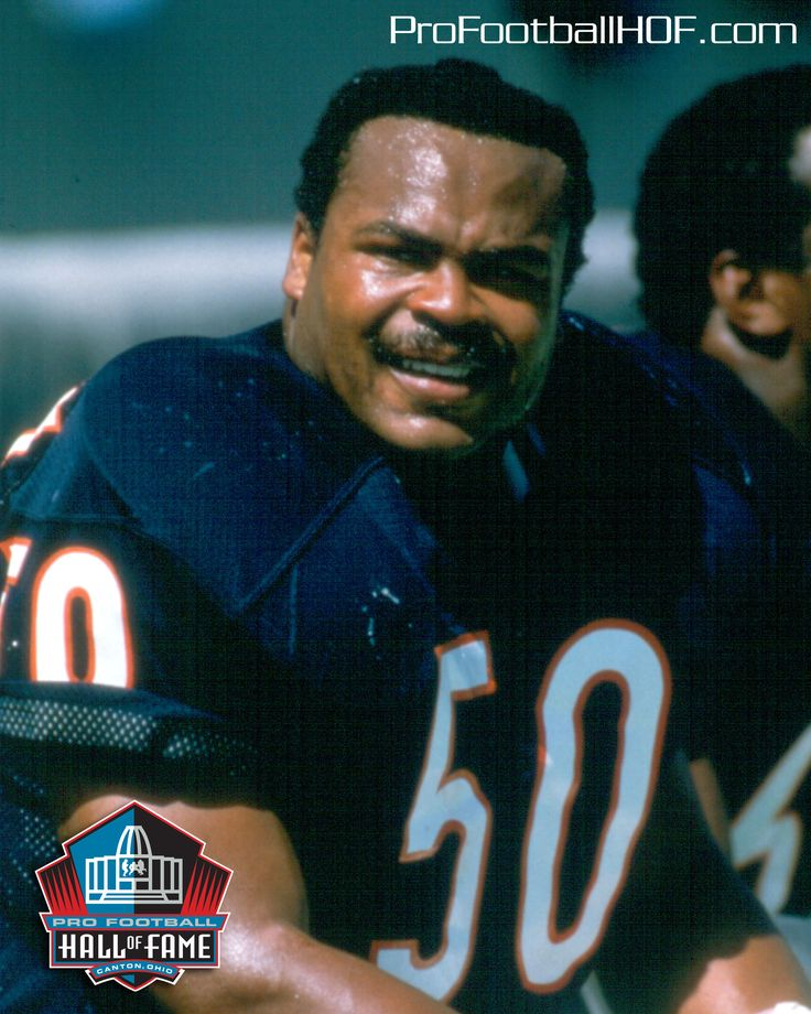 Mike Singletary, Pro Football Hall of Fame Class of 1998. Click image for full HOF bio.
